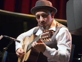 """Jueves Flamenco de la Fundación Cajasol en Sevilla: Rycardo Moreno (8) • <a style=""""font-size:0.8em;"""" href=""""http://www.flickr.com/photos/129072575@N05/39811105095/"""" target=""""_blank"""">View on Flickr</a>"""