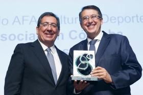 """Entrega de los Premios AFA 2018 en la Fundación Cajasol (7) • <a style=""""font-size:0.8em;"""" href=""""http://www.flickr.com/photos/129072575@N05/46009782001/"""" target=""""_blank"""">View on Flickr</a>"""