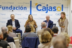 "II Semana de las Letras en Cádiz (6) • <a style=""font-size:0.8em;"" href=""http://www.flickr.com/photos/129072575@N05/44101635150/"" target=""_blank"">View on Flickr</a>"