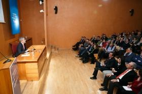 """Conferencia de Luis Garicano 'El contraataaque liberal. Entre el vértigo tecnológico y el caos populista' en el Instituto de Estudios Cajasol (6) • <a style=""""font-size:0.8em;"""" href=""""http://www.flickr.com/photos/129072575@N05/32025537957/"""" target=""""_blank"""">View on Flickr</a>"""