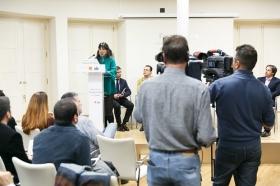 """Desayuno Informativo de Europa Press con Teresa Rodríguez y Antonio Maíllo en Sevilla (10) • <a style=""""font-size:0.8em;"""" href=""""http://www.flickr.com/photos/129072575@N05/45868269992/"""" target=""""_blank"""">View on Flickr</a>"""