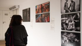 "Exposición World Press Photo 2019 en Sevilla (2) • <a style=""font-size:0.8em;"" href=""http://www.flickr.com/photos/129072575@N05/32753358817/"" target=""_blank"">View on Flickr</a>"