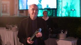 "Gala XXIV Premio de Novela Fernando Lara en Sevilla (29) • <a style=""font-size:0.8em;"" href=""http://www.flickr.com/photos/129072575@N05/32811364477/"" target=""_blank"">View on Flickr</a>"