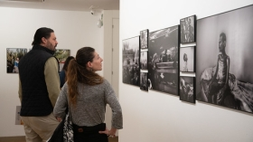 "Exposición World Press Photo 2019 en Sevilla (17) • <a style=""font-size:0.8em;"" href=""http://www.flickr.com/photos/129072575@N05/46780485635/"" target=""_blank"">View on Flickr</a>"