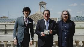 "Presentación del nuevo disco de Manuel Lombo, 'Cien por cien', en Sevilla • <a style=""font-size:0.8em;"" href=""http://www.flickr.com/photos/129072575@N05/47735776482/"" target=""_blank"">View on Flickr</a>"
