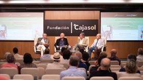 """Presentación de los premios Manuel Alvar y Antonio Domínguez Ortiz 2019 en Sevilla (7) • <a style=""""font-size:0.8em;"""" href=""""http://www.flickr.com/photos/129072575@N05/48137039488/"""" target=""""_blank"""">View on Flickr</a>"""
