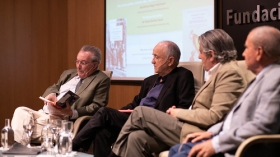 """Presentación de los premios Manuel Alvar y Antonio Domínguez Ortiz 2019 en Sevilla (3) • <a style=""""font-size:0.8em;"""" href=""""http://www.flickr.com/photos/129072575@N05/48137103307/"""" target=""""_blank"""">View on Flickr</a>"""