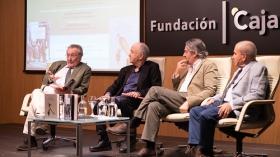 """Presentación de los premios Manuel Alvar y Antonio Domínguez Ortiz 2019 en Sevilla (6) • <a style=""""font-size:0.8em;"""" href=""""http://www.flickr.com/photos/129072575@N05/48137103357/"""" target=""""_blank"""">View on Flickr</a>"""