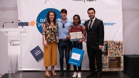 """Entrega de premios del VI concurso 'Mi libro preferido' en la Fundación Cajasol (21) • <a style=""""font-size:0.8em;"""" href=""""http://www.flickr.com/photos/129072575@N05/48137107492/"""" target=""""_blank"""">View on Flickr</a>"""