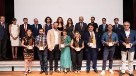 """Entrega de los Premios WEB 2019 de ABC de Sevilla en la Fundación Cajasol (3) • <a style=""""font-size:0.8em;"""" href=""""http://www.flickr.com/photos/129072575@N05/48248341721/"""" target=""""_blank"""">View on Flickr</a>"""