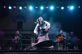"III Estival Flamenco Cádiz: Paloma Fantova • <a style=""font-size:0.8em;"" href=""http://www.flickr.com/photos/129072575@N05/48595244271/"" target=""_blank"">View on Flickr</a>"