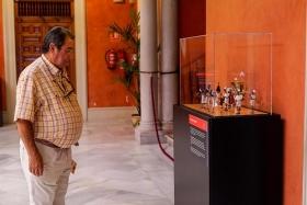 "Exposición 'Plastihistoria de la Música' en Sevilla (4) • <a style=""font-size:0.8em;"" href=""http://www.flickr.com/photos/129072575@N05/48678626861/"" target=""_blank"">View on Flickr</a>"