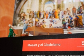 "Exposición 'Plastihistoria de la Música' en Sevilla (8) • <a style=""font-size:0.8em;"" href=""http://www.flickr.com/photos/129072575@N05/48678626976/"" target=""_blank"">View on Flickr</a>"