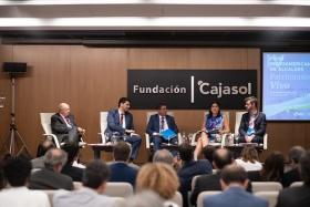 "IV Foro Iberoamericano de Alcaldes en la Fundación Cajasol (2) • <a style=""font-size:0.8em;"" href=""http://www.flickr.com/photos/129072575@N05/48744450523/"" target=""_blank"">View on Flickr</a>"