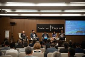 "IV Foro Iberoamericano de Alcaldes en la Fundación Cajasol (9) • <a style=""font-size:0.8em;"" href=""http://www.flickr.com/photos/129072575@N05/48744451148/"" target=""_blank"">View on Flickr</a>"