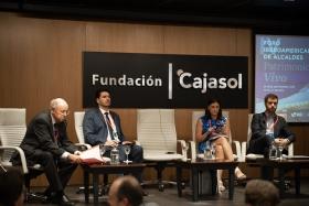 "IV Foro Iberoamericano de Alcaldes en la Fundación Cajasol • <a style=""font-size:0.8em;"" href=""http://www.flickr.com/photos/129072575@N05/48744785551/"" target=""_blank"">View on Flickr</a>"