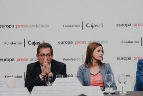 "Desayunos Informativos de Europa Press Andalucía con Susana Díaz (8) • <a style=""font-size:0.8em;"" href=""http://www.flickr.com/photos/129072575@N05/48863576268/"" target=""_blank"">View on Flickr</a>"