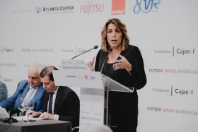 "Desayunos Informativos de Europa Press Andalucía con Susana Díaz (15) • <a style=""font-size:0.8em;"" href=""http://www.flickr.com/photos/129072575@N05/48863576488/"" target=""_blank"">View on Flickr</a>"