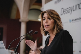 "Desayunos Informativos de Europa Press Andalucía con Susana Díaz (17) • <a style=""font-size:0.8em;"" href=""http://www.flickr.com/photos/129072575@N05/48863576533/"" target=""_blank"">View on Flickr</a>"