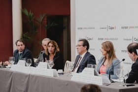 "Desayunos Informativos de Europa Press Andalucía con Susana Díaz (4) • <a style=""font-size:0.8em;"" href=""http://www.flickr.com/photos/129072575@N05/48864298147/"" target=""_blank"">View on Flickr</a>"
