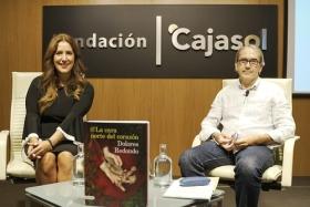 """Presentación del libro 'La cara norte del corazón', de Dolores Redondo, en Sevilla • <a style=""""font-size:0.8em;"""" href=""""http://www.flickr.com/photos/129072575@N05/48878869363/"""" target=""""_blank"""">View on Flickr</a>"""