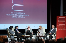 "XVI Congreso de ASALE en Sevilla (Lunes 4 de noviembre) (20) • <a style=""font-size:0.8em;"" href=""http://www.flickr.com/photos/129072575@N05/49013910873/"" target=""_blank"">View on Flickr</a>"