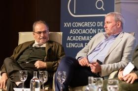 "XVI Congreso ASALE en Sevilla (Martes 5 de noviembre) (11) • <a style=""font-size:0.8em;"" href=""http://www.flickr.com/photos/129072575@N05/49020254366/"" target=""_blank"">View on Flickr</a>"