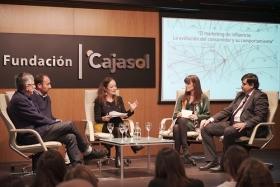 """Jornada 'El Marketing de Influencia: La evolución del consumidor y su comportamiento' en Sevilla (2) • <a style=""""font-size:0.8em;"""" href=""""http://www.flickr.com/photos/129072575@N05/49116707236/"""" target=""""_blank"""">View on Flickr</a>"""
