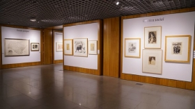 "Exposición 'Obra Gráfica en la Colección Fundación Cajasol' en Córdoba (Making Off) (3) • <a style=""font-size:0.8em;"" href=""http://www.flickr.com/photos/129072575@N05/49966486331/"" target=""_blank"">View on Flickr</a>"
