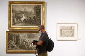 """Inauguración de la exposición 'Obra Gráfica de la Fundación Cajasol' en Córdoba (5) • <a style=""""font-size:0.8em;"""" href=""""http://www.flickr.com/photos/129072575@N05/49972540363/"""" target=""""_blank"""">View on Flickr</a>"""
