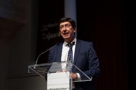 "Presentación del Congreso Internacional de Innovación Social V Centenario Magallanes-Elcano (15) • <a style=""font-size:0.8em;"" href=""http://www.flickr.com/photos/129072575@N05/50297637217/"" target=""_blank"">View on Flickr</a>"