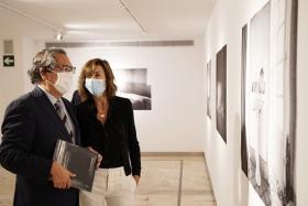 """Exposición 'El tiempo vencido', de Anuca Aisa, en Sevilla (10) • <a style=""""font-size:0.8em;"""" href=""""http://www.flickr.com/photos/129072575@N05/50378770831/"""" target=""""_blank"""">View on Flickr</a>"""