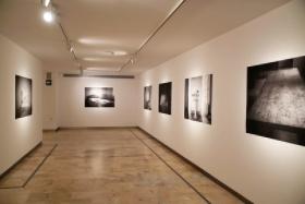 """Exposición 'El tiempo vencido', de Anuca Aisa, en Sevilla (11) • <a style=""""font-size:0.8em;"""" href=""""http://www.flickr.com/photos/129072575@N05/50378948307/"""" target=""""_blank"""">View on Flickr</a>"""