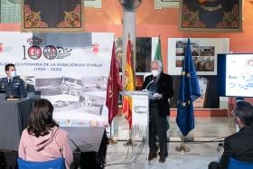 """Presentación del libro 'Tablada: la aviación y Sevilla' en la Fundación Cajasol (14) • <a style=""""font-size:0.8em;"""" href=""""http://www.flickr.com/photos/129072575@N05/50536807798/"""" target=""""_blank"""">View on Flickr</a>"""