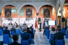 """Presentación del libro 'Tablada: la aviación y Sevilla' en la Fundación Cajasol (13) • <a style=""""font-size:0.8em;"""" href=""""http://www.flickr.com/photos/129072575@N05/50537532156/"""" target=""""_blank"""">View on Flickr</a>"""