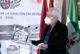 """Presentación del libro 'Tablada: la aviación y Sevilla' en la Fundación Cajasol (15) • <a style=""""font-size:0.8em;"""" href=""""http://www.flickr.com/photos/129072575@N05/50537532246/"""" target=""""_blank"""">View on Flickr</a>"""