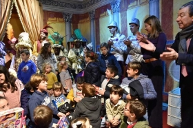 "Entrega de juguetes de Reyes Magos 2019 en Cádiz (11) • <a style=""font-size:0.8em;"" href=""http://www.flickr.com/photos/129072575@N05/32740806588/"" target=""_blank"">View on Flickr</a>"