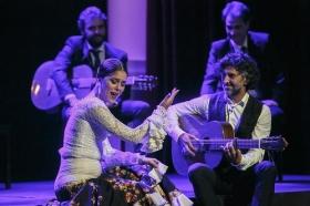 """Jueves Flamencos de la Fundación Cajasol en Sevilla: Arcángel y su espectáculo 'Tablao' (31) • <a style=""""font-size:0.8em;"""" href=""""http://www.flickr.com/photos/129072575@N05/33299139678/"""" target=""""_blank"""">View on Flickr</a>"""