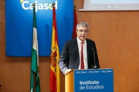 """Conferencia de Luis Garicano 'El contraataaque liberal. Entre el vértigo tecnológico y el caos populista' en el Instituto de Estudios Cajasol (20) • <a style=""""font-size:0.8em;"""" href=""""http://www.flickr.com/photos/129072575@N05/46966395991/"""" target=""""_blank"""">View on Flickr</a>"""