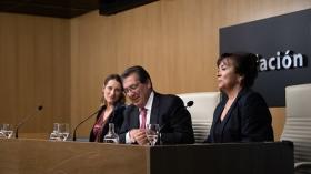 """Entrega de los I Premios Fundación Cajasol a la Investigación en Tecnologías de la Información y Comunicación en Biomedicina (10) • <a style=""""font-size:0.8em;"""" href=""""http://www.flickr.com/photos/129072575@N05/46816419814/"""" target=""""_blank"""">View on Flickr</a>"""