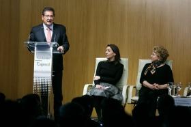 """Goya 2019 en Sevilla: Encuentro con los nominados a Mejor Película Iberoamericana en la Fundación Cajasol (6) • <a style=""""font-size:0.8em;"""" href=""""http://www.flickr.com/photos/129072575@N05/32025665527/"""" target=""""_blank"""">View on Flickr</a>"""