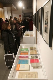 "Exposición 'El infinito Borges' en Córdoba (40) • <a style=""font-size:0.8em;"" href=""http://www.flickr.com/photos/129072575@N05/32867995648/"" target=""_blank"">View on Flickr</a>"