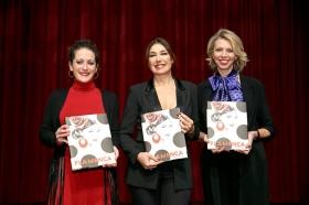 """Presentación del libro 'Flamenca', de Raquel Revuelta, en la Fundación Cajasol • <a style=""""font-size:0.8em;"""" href=""""http://www.flickr.com/photos/129072575@N05/32824815258/"""" target=""""_blank"""">View on Flickr</a>"""