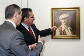 """Exposición 'Enrique Ochoa: La mirada en la mujer' en la Fundación Cajasol (5) • <a style=""""font-size:0.8em;"""" href=""""http://www.flickr.com/photos/129072575@N05/40218355213/"""" target=""""_blank"""">View on Flickr</a>"""
