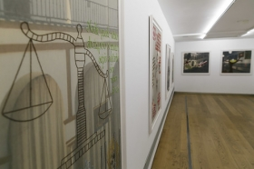"Exposición 'Dos clausuras', de Pepe Cobo, en la Fundación Cajasol (16) • <a style=""font-size:0.8em;"" href=""http://www.flickr.com/photos/129072575@N05/40360660023/"" target=""_blank"">View on Flickr</a>"