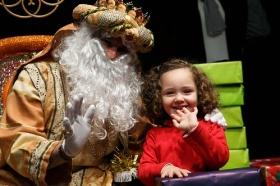 "Entrega de juguetes de Reyes Magos 2019 en Sevilla (4) • <a style=""font-size:0.8em;"" href=""http://www.flickr.com/photos/129072575@N05/45886679674/"" target=""_blank"">View on Flickr</a>"
