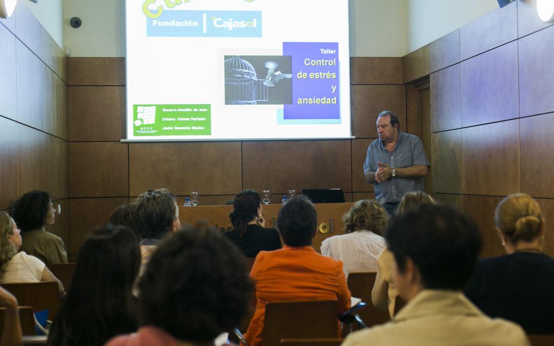 Los talleres para el control del estrés y la ansiedad se estrenan en la sede de la Fundación Cajasol en Cádiz