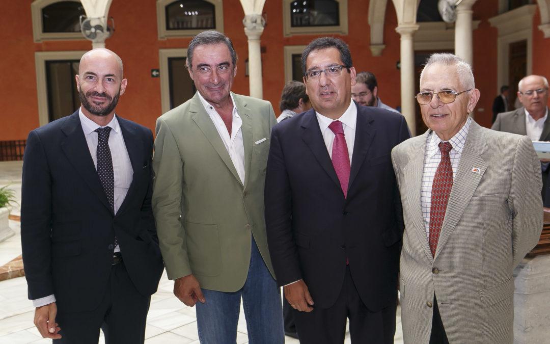Carlos Herrera presenta la Gran Recogida de la Federación de Bancos de Alimentos en la Fundación Cajasol