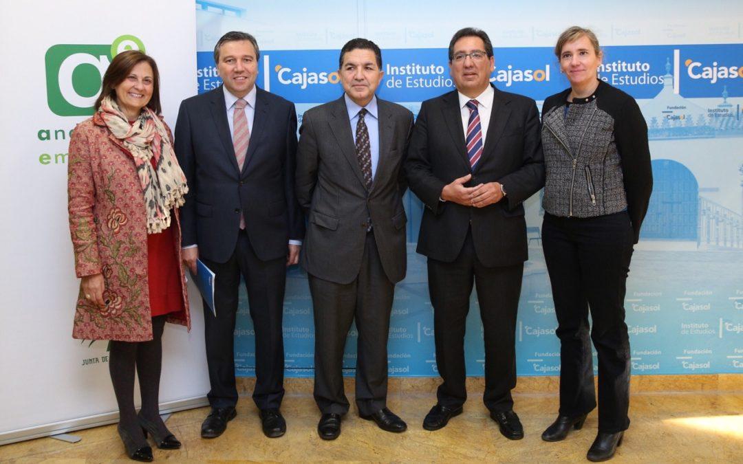 La Fundación Cajasol destina 250.000 € en microcréditos para empresas del programa '100 caminos al éxito'