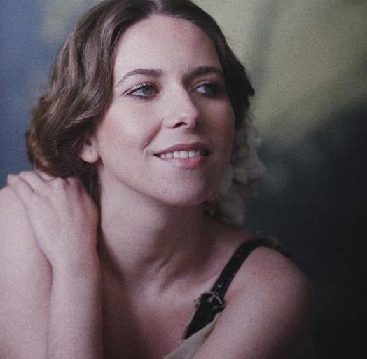 Rocío Márquez, Juan Cobos Wilkins y comedia teatral, protagonistas de 'La Butaca Azul' en diciembre